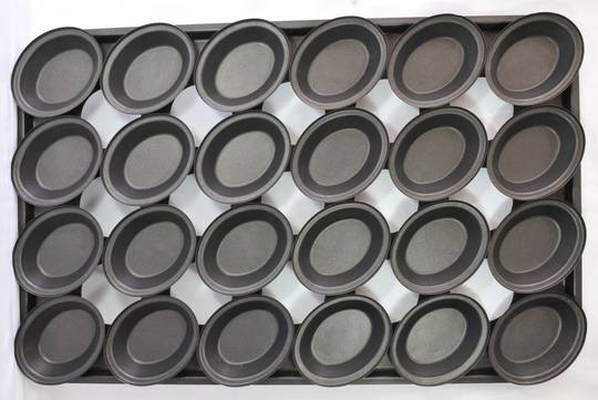 Palletized Pie Tins, (24) x Oval tins, 130 x 105 x 29mm, Tray size 720 x 460mm NB: Tray corners optional