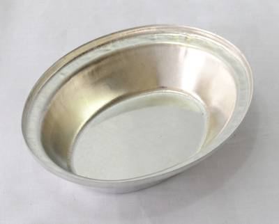 Tin plate pie tin, Oval 130 x 105 x 29mm, Loose tin plated pie tins
